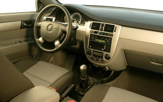 Шевроле Лачетти: преимущества и недостатки автомобиля
