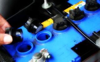 Стоит ли производить замену электролита в аккумуляторе: полезные советы по эксплуатации