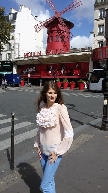 Стоит ли ехать в Париж: что посмотреть, плюсы и минусы