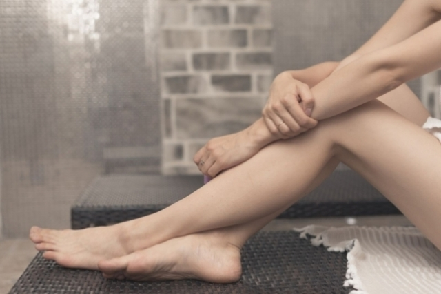 Антицеллюлитный массаж: плюсы и минусы процедуры