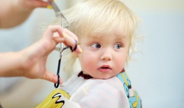 Стоит ли стричь ребенка в год налысо?