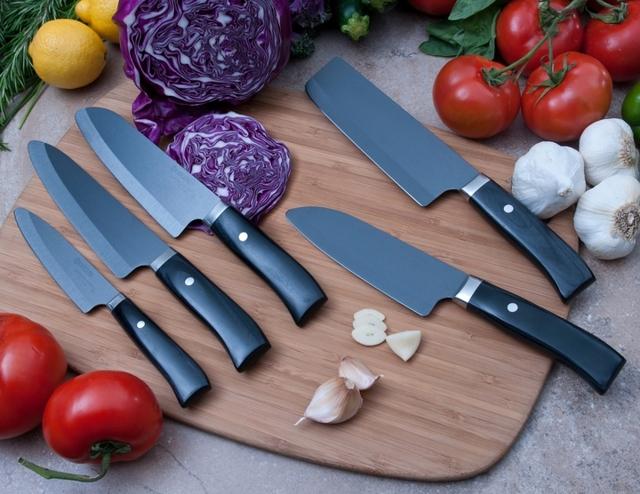 Керамические ножи на кухне: плюсы и минусы