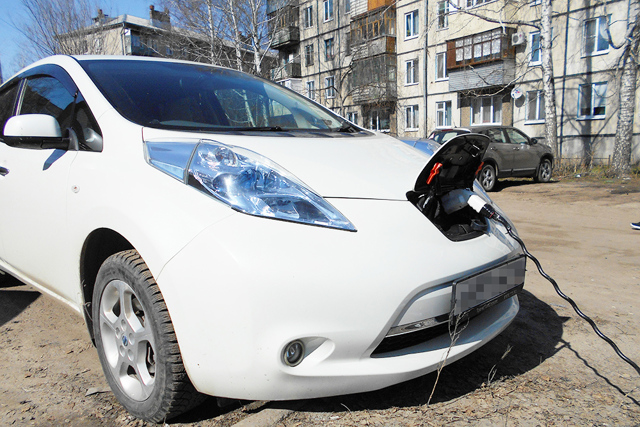 Электромобиль: что это, плюсы и минусы