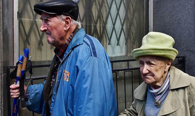 Стоит ли переходить в негосударственный пенсионный фонд (НПФ)?