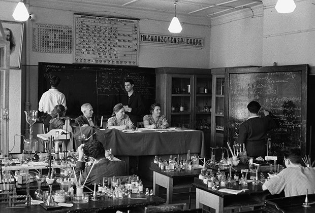 Советское образование: плюсы и минусы системы