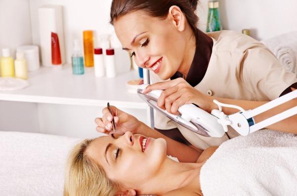 Профессия косметолог: особенности, плюсы и минусы