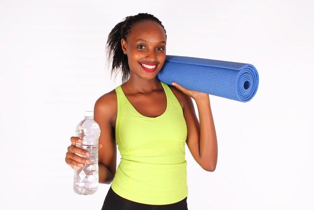 Стоит ли пить воду во время тренировки?