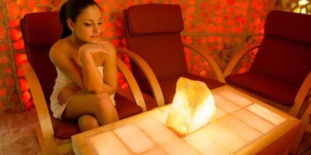 Плюсы и минусы использования соляной лампы