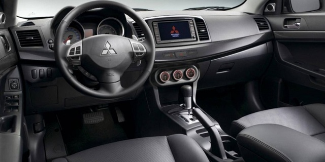 mitsubishi lancer: обзор, плюсы и минусы автмобиля