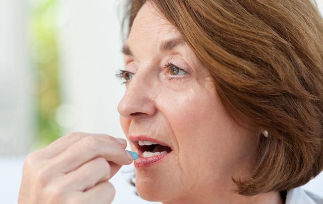 Какие гормональные препараты принимать при климаксе