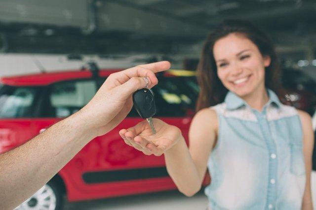 Автомобильный лизинг: плюсы, минусы и особенности