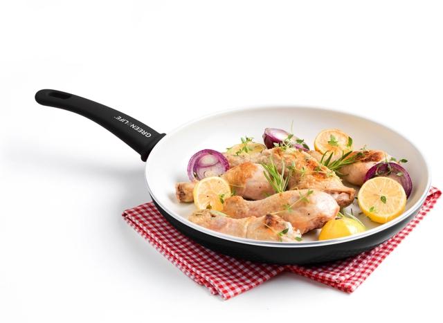 Керамическое покрытие сковороды: плюсы и минусы выбора