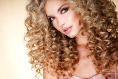 Химическая завивка волос: плюсы, минусы и актуальность
