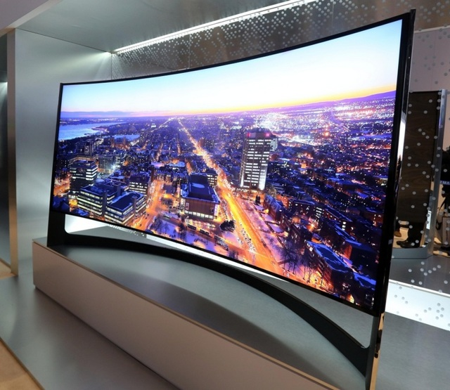 Телевизор с изогнутым экраном: плюсы и минусы