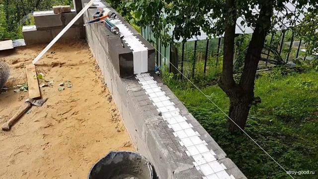 Строительство бани из пескоблока: плюсы и минусы