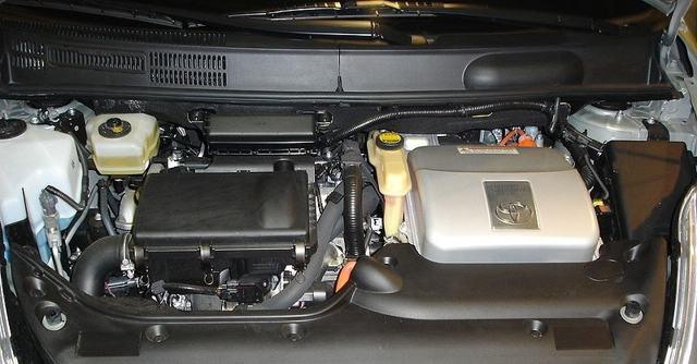 Автомобиль toyota prius — плюсы и минусы