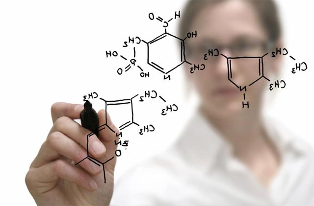 Химик: плюсы, минусы и особенности профессии