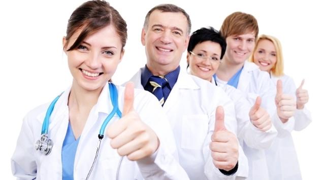 Профессия педиатр: специфика, плюсы и минусы