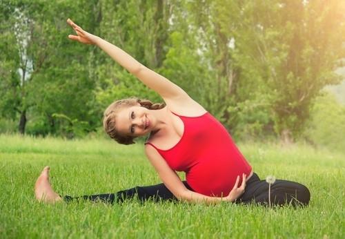 Стоит ли бросать курить при беременности?