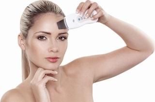 Стоит ли делать механическую чистку лица: плюсы и минусы процедуры
