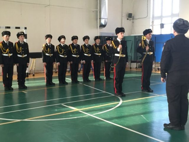Отдавать ли ребенка в кадетский корпус: плюсы и минусы