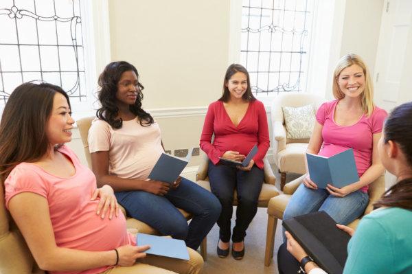 Стоит ли ходить на курсы для беременных?