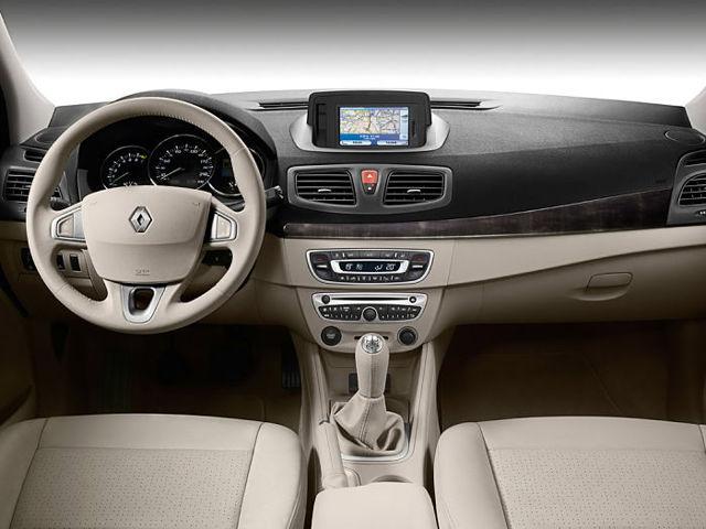 renault fluence: плюсы и минусы автомобиля