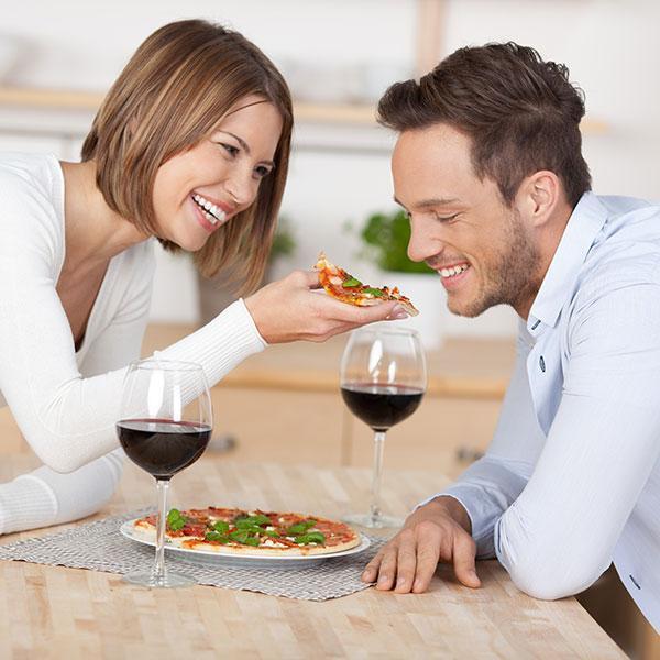 Традиционный брак: что это, плюсы и минусы