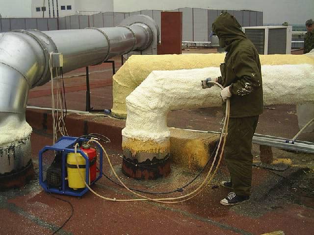 Полиуретановый утеплитель в баллонах — основные плюсы и минусы