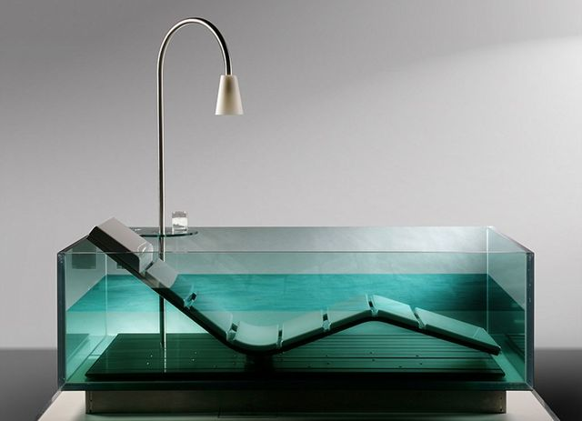 Угловая ванна: основные плюсы и минусы
