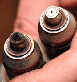 Стоит ли заливать в бак очиститель инжектора?