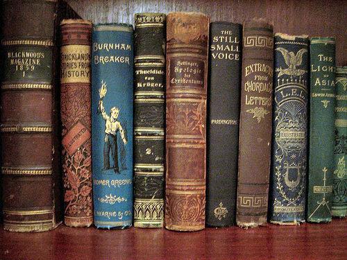 Стоит ли тратить время на чтение книг: плюсы и минусы