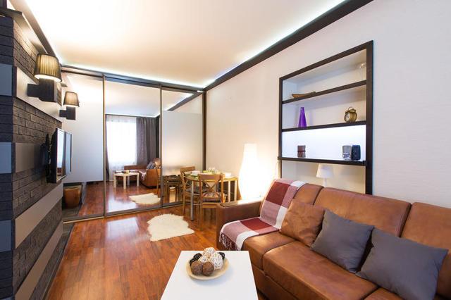 Стоит ли снимать квартиру через агентство: плюсы и минусы