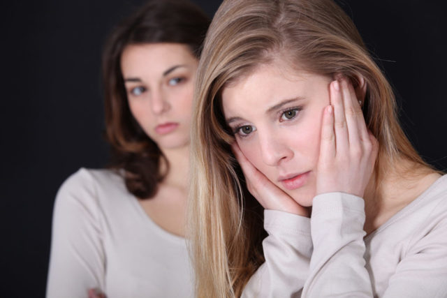 Стоит ли прощать предательство подруги?