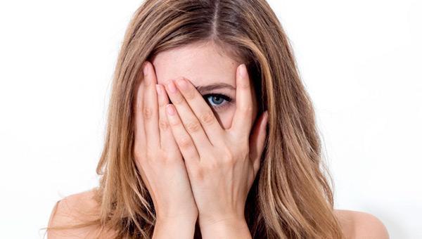 Крем для депиляции: плюсы, минусы и особенности
