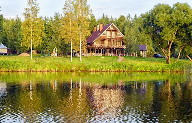 Квартира у реки: плюсы и недостатки