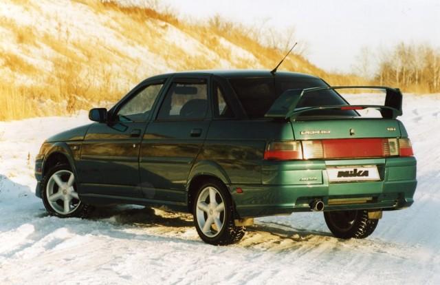 Стоит ли покупать ВАЗ 2112: плюсы и минусы автомобиля