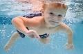 Стоит ли зимой водить ребенка в бассейн?