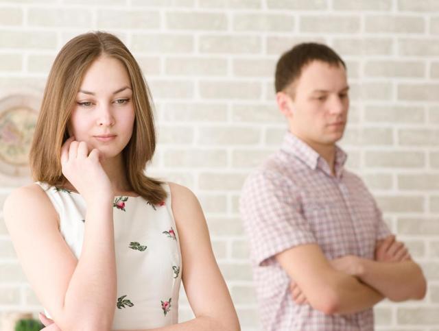 Брак по расчету: что это, основные плюсы и минусы