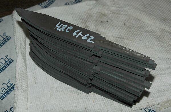 Сталь 40х13 для ножей — плюсы и минусы