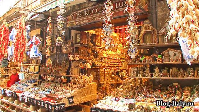 Стоит ли туристу ехать в Неаполь?