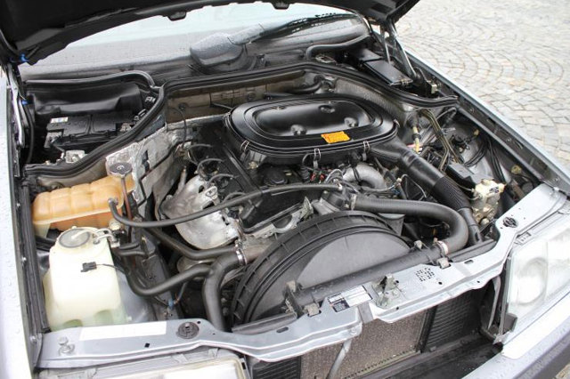 Стоит ли покупать автомобиль mercedes-benz w124