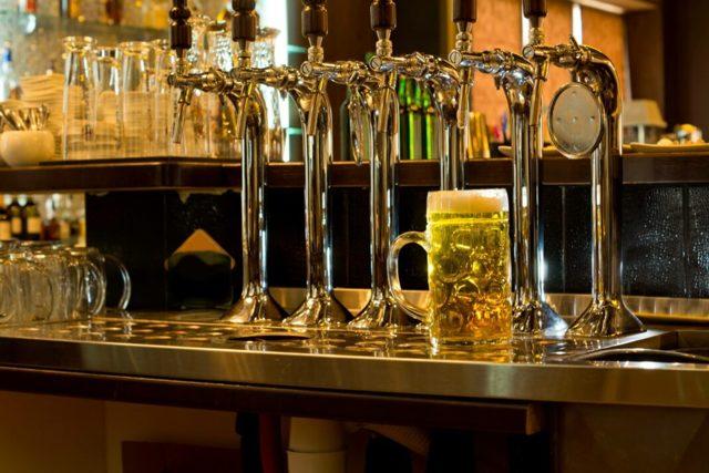 Магазин разливного пива как бизнес: плюсы и минусы