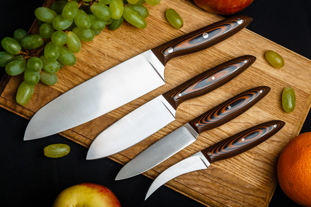 Плюсы и минусы ножей из углеродистой стали