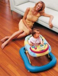 Стоит ли покупать ходунки ребенку