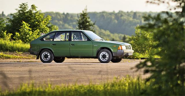 Стоит ли покупать Москвич-2141: плюсы и минусы автомобиля