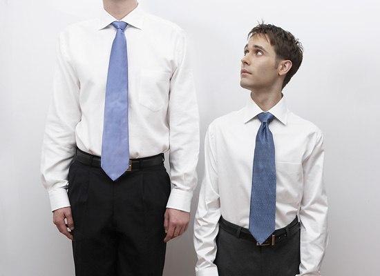 Плюсы и минусы мужчин маленького роста
