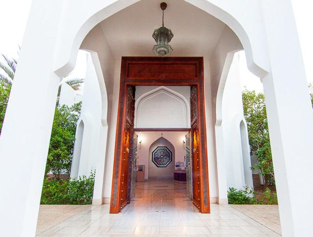 Стоит ли ехать в Оман на отдых: плюсы и минусы