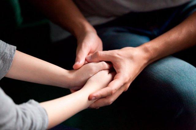 Стоит ли давать человеку второй шанс в отношениях?