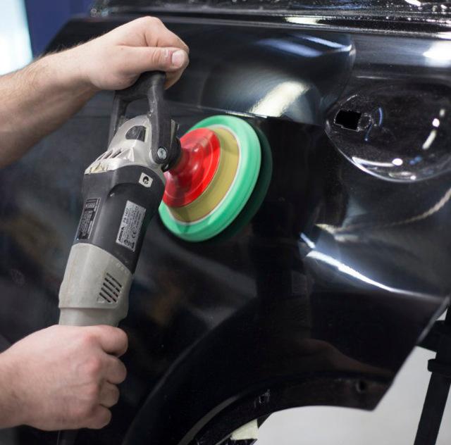 Полировка кузова автомобиля — плюсы и минусы